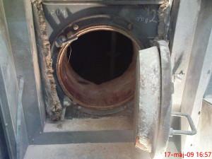 Pieskovanie vnútorných stien kotla Spalovňa TDO BA (3)